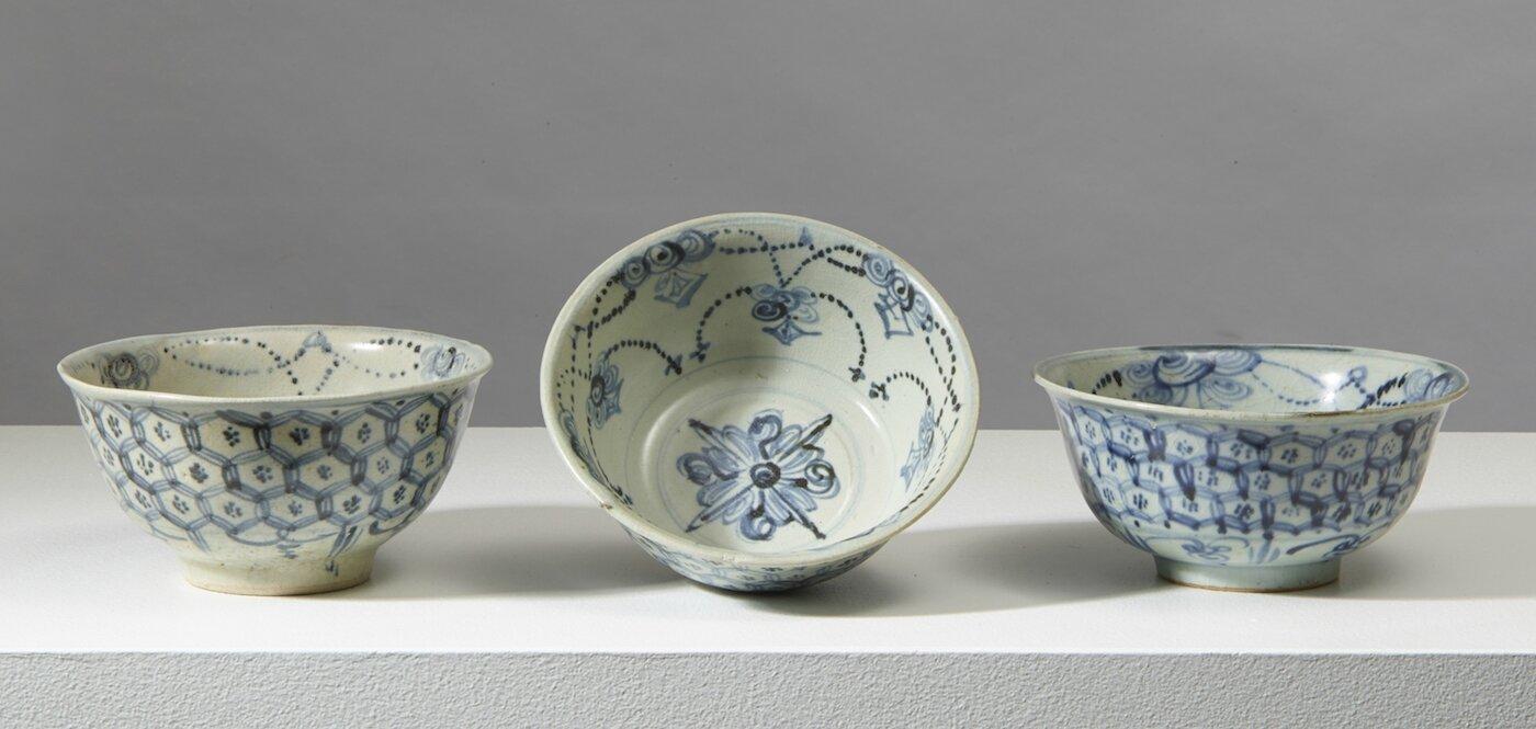 Trois bols, Chine, dynastie des Ming, fin 15°-début 16°siècle