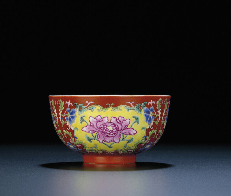 A fine coral-ground famille rose bowl, Daoguang six-character seal mark and of the period (1821-1850)