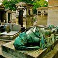 Gisant du cimetière de Montmartre.