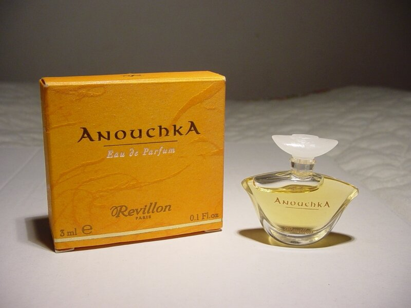 REVILLON-ANOUCHKA