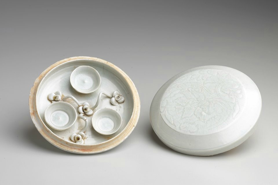 Covered Cosmetic Box, Qingbai ware, Song dynasty, 11th-early 12th century