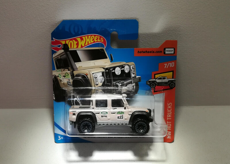 Land Rover Defender Double Cab de 2015 (Hotwheels)
