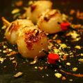 Coquilles saint jacques caramélisées à la clémentine et pistache