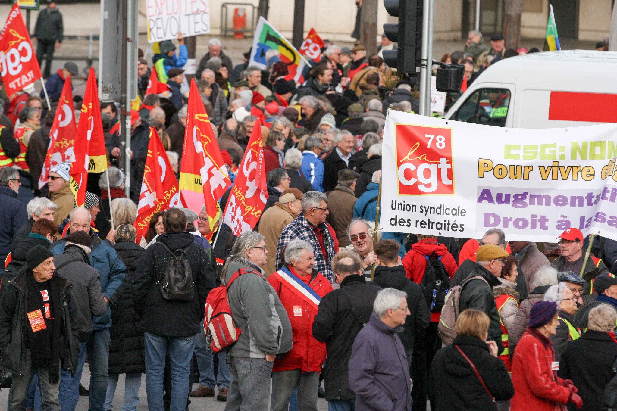 « Pressurés et maltraités », les retraités ont manifesté à Paris et en région. © Michel Stoupak.Mar 18.12.2018, 14h40m15.
