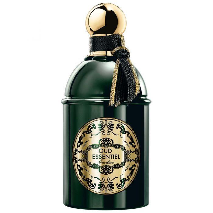 Le parfum magique provoque immanquablement de nombreuses occasions.