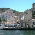 Bonifacio - Du port vue sur le ville basse