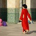 Jeune femme Mosquée Casablanca