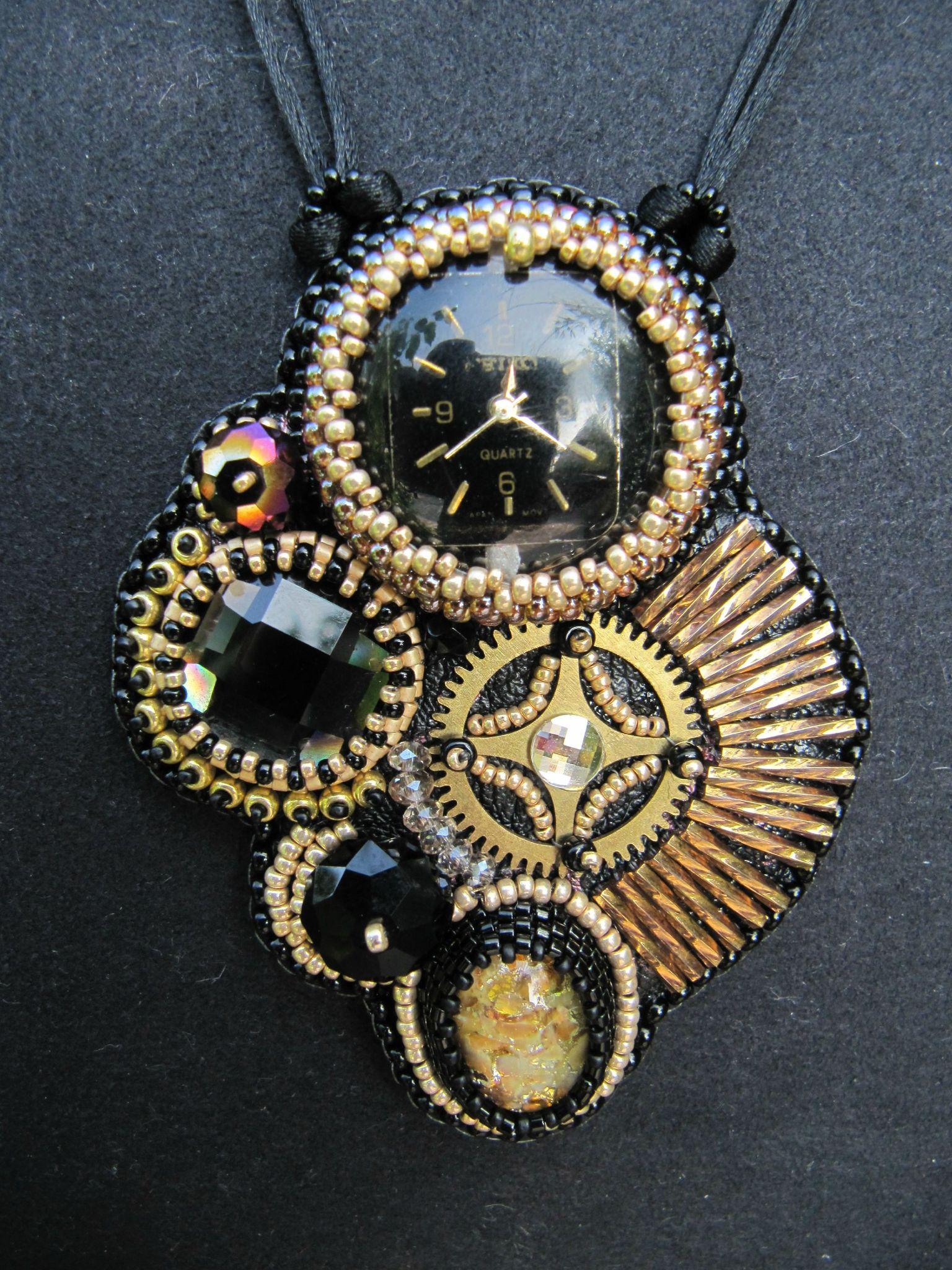 pendentif Temps Modernes noir/or