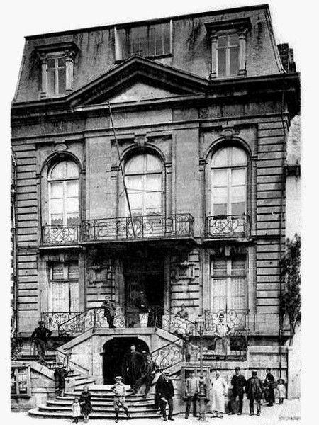 AVESNES SUR HELPE-L'Hôtel de Ville (2)