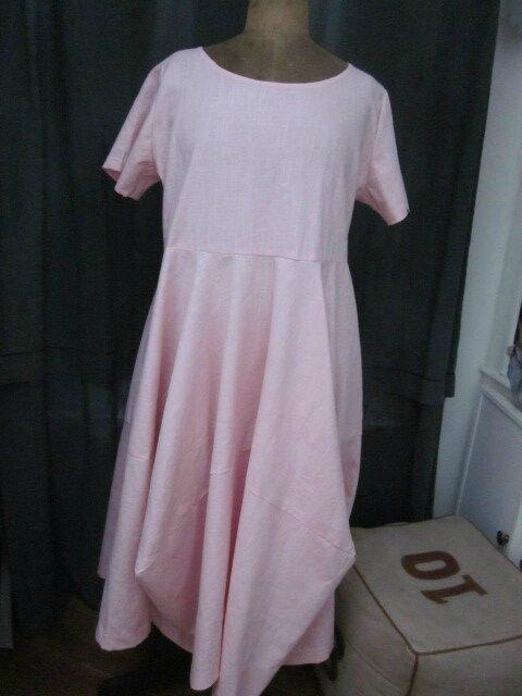 Robe EULALIE en lin rose pâle (2)