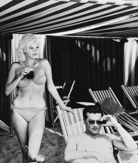 jayne_bikini-nb-with_enrico_bomba-1