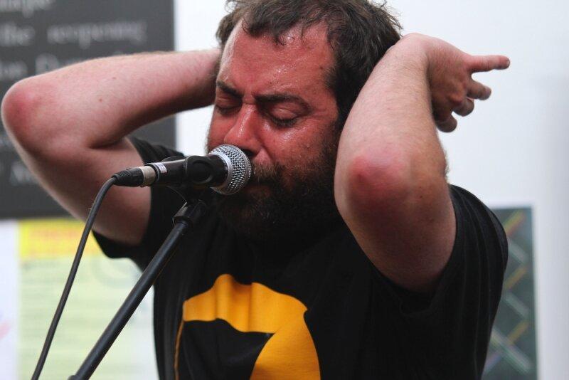 Gable-GreatEscapeFestival-Brighton-2011-78