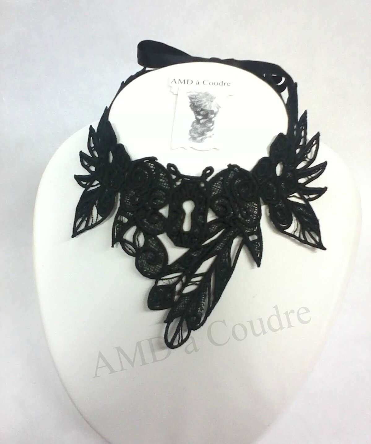 tour de cou, chocker dentelle noire broderie embroidery by amd a coudre (1)-001