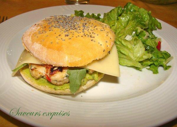 Chicken burger maison au guacamole