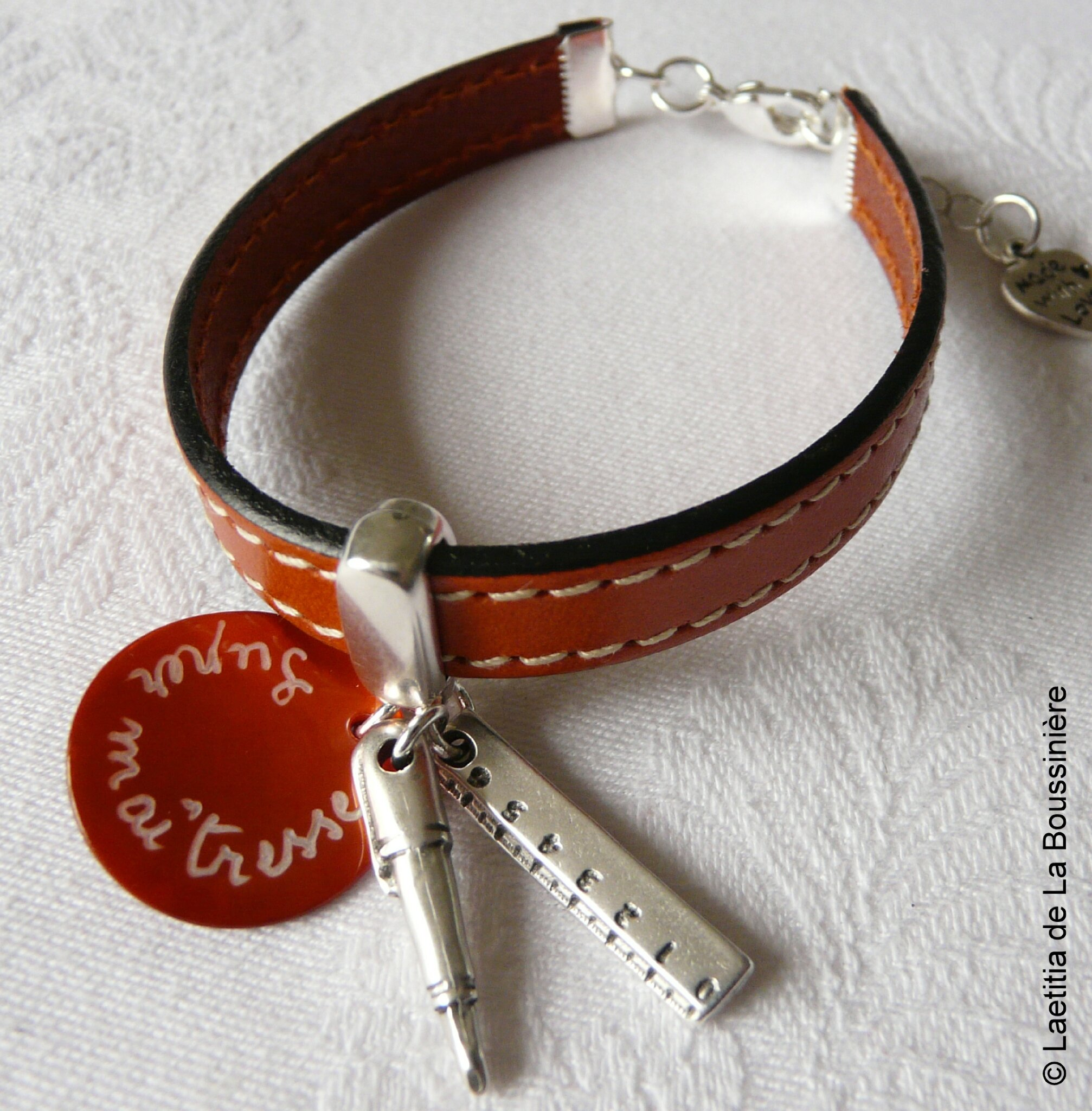 Bracelet de maîtresse sur cuir (orange)