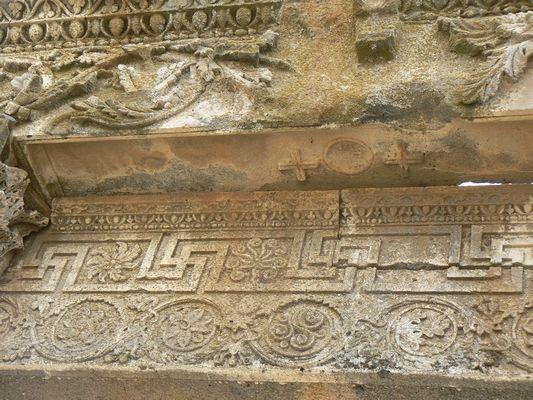86 Qanawat - détails sérail romain