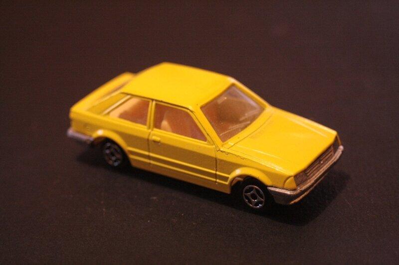 438_Ford Escort_02