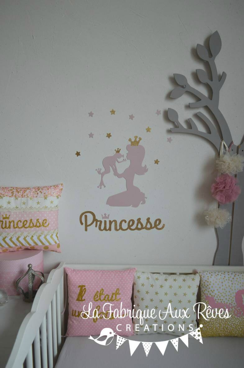 Stickers Princesse Grenouille Rose Dore Decoration Chambre Bebe