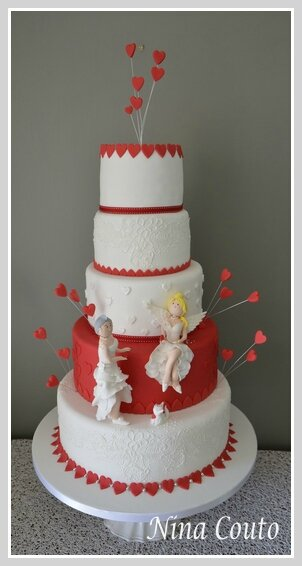 wedding cake nina couto rouge et blanc1