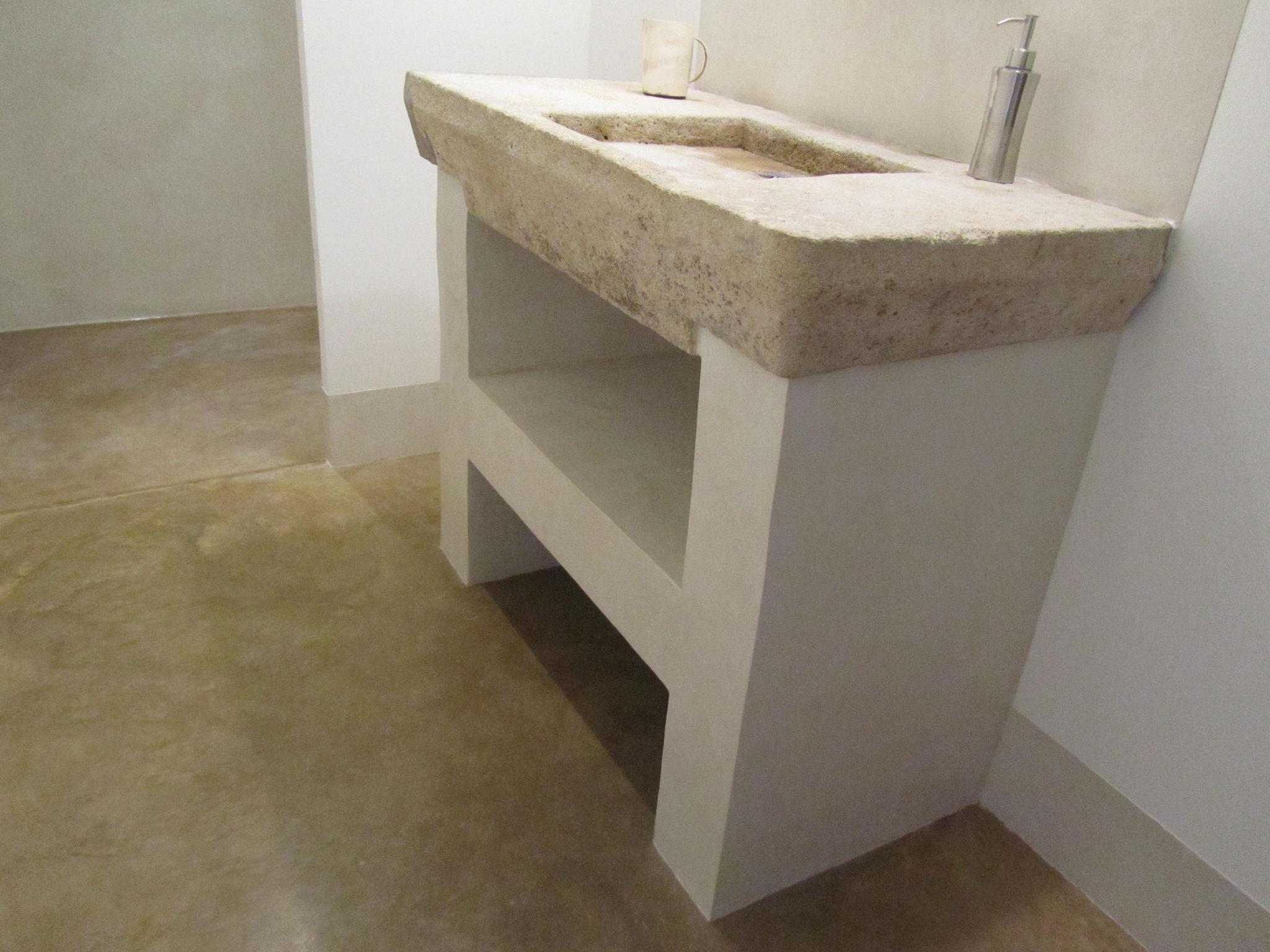 Beton Ciré Salle De Bain salle d'eau - jambages et mur en beton - photo de beton cire