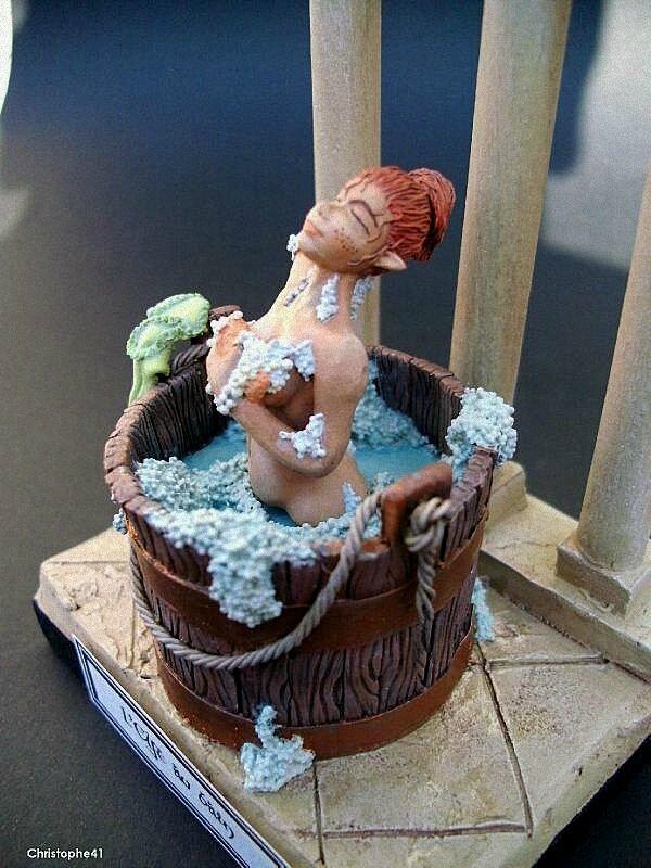 L'elfette au bain 73273303