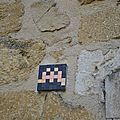 [street art in lourmarin] pixel art