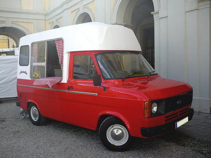 FORD Transit Mk2 Custom Food Truck Almdudler Ludwigsburg (1)