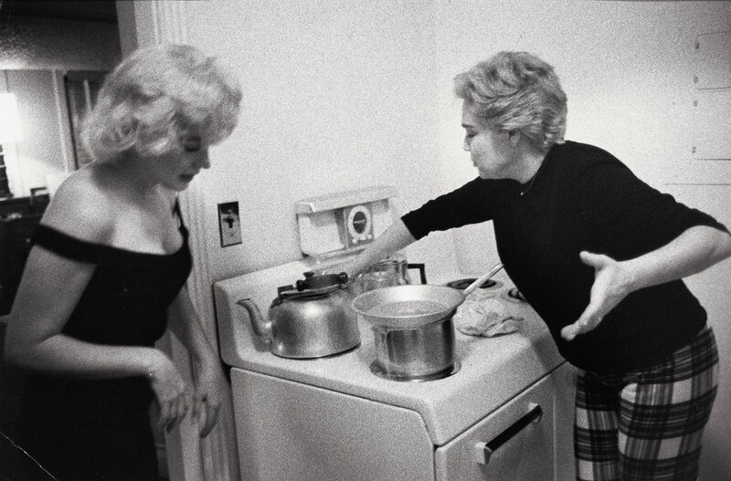 mm-thanksgiving-cooking-1960-01-beverly_hills_hotel