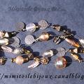 Bracelet beige breloques cuivrées 4 rangs