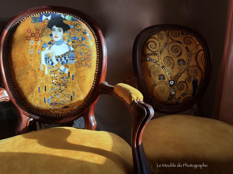 2 sièges Gustav Klimt