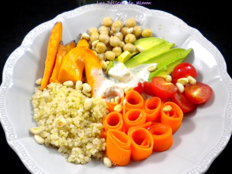 Buddha bowl végétarien, sauce au sésame 2