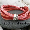 Couleur couché de soleil ce bracelet en cordon liberty, daim rouge pailleté, corail et rouge orangé, fermoir pression !