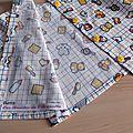 Tissu rigolo pour tunique boutonnée