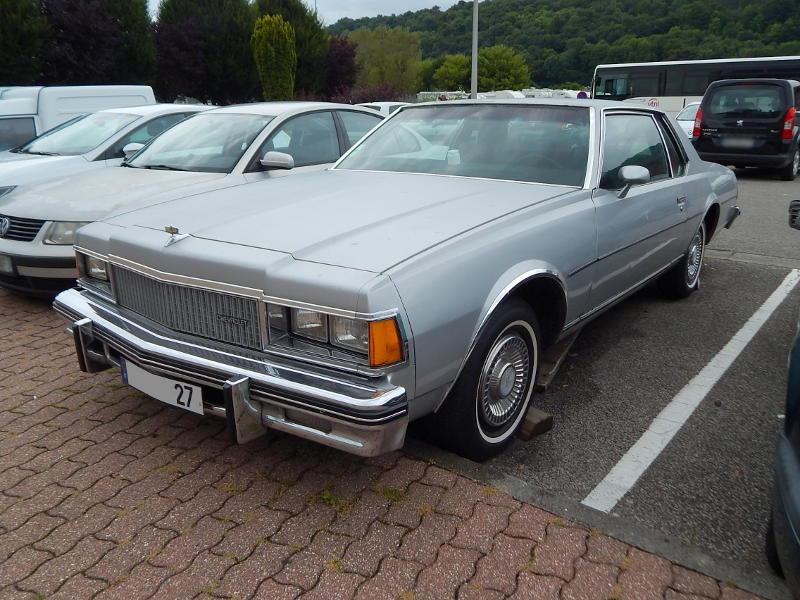 ChevroletCapriceClassicCoupé1977av1