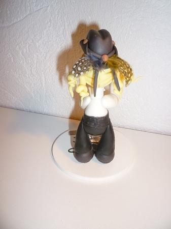 une danseuse de country de dos