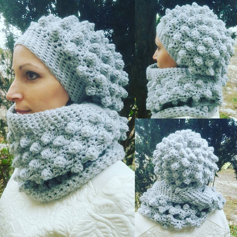 Double snood et bonnet loose en bobble stitch au crochet