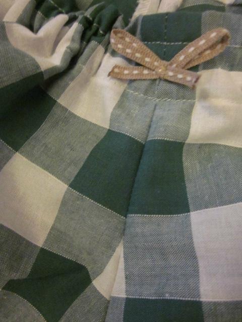 Culotte en coton vichy vert et blanc - petit noeud beige (3)