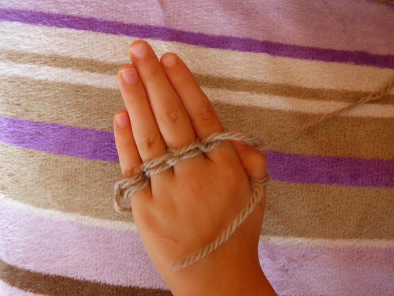 11 Tricot avec les doigts (6)