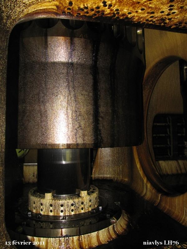 A l'intérieur du moteur 4