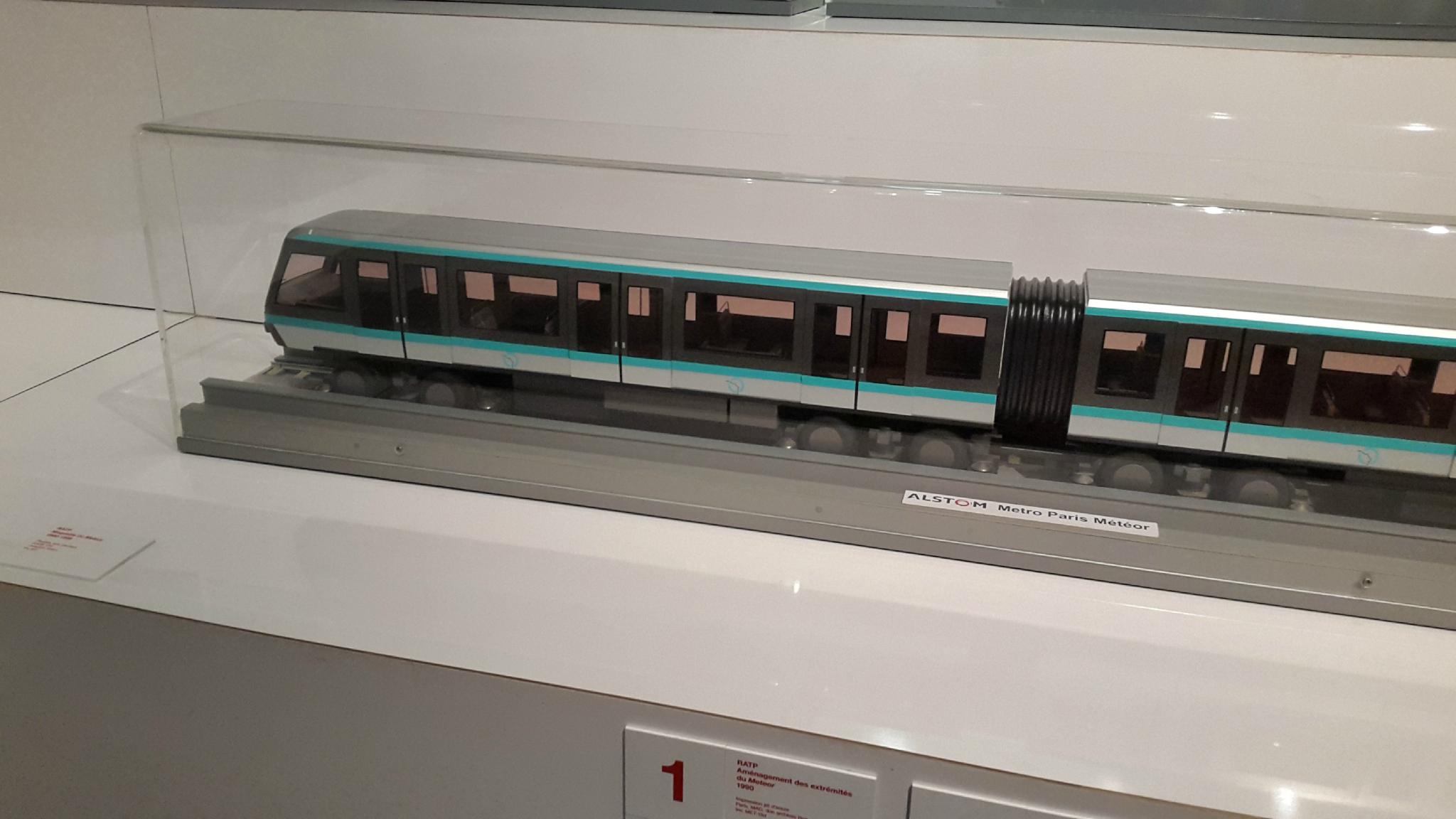Maquette rame Métro RATP MP89 (ligne 1)