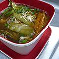 Soupe chinoise au crabe et pois mangetout