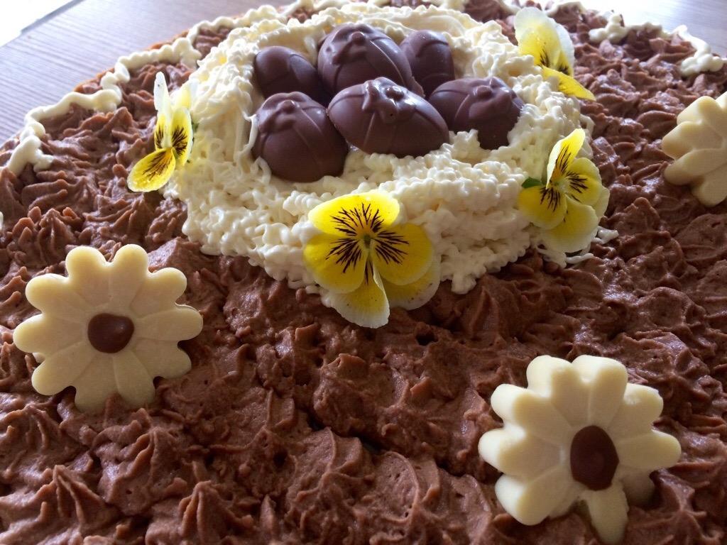 Tarte de Pâques ,caramel beurre salé , mousse chocolat 🐣