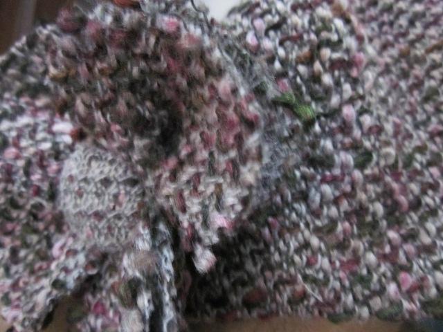 Chapeau AGATHE en lainage gris et rose avec fleur assortie - doublé de lin noir (3)