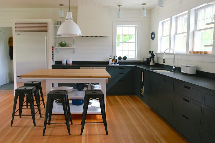 Goode-Kitchen-Amagansett-Siosi-Design-Remodelista-02