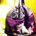 Sac violet à fleur 15 €
