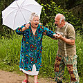 old-couples-having-fun-19__700