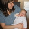 p'tit sourire de Vincent ds ls bras de sa maman Marie
