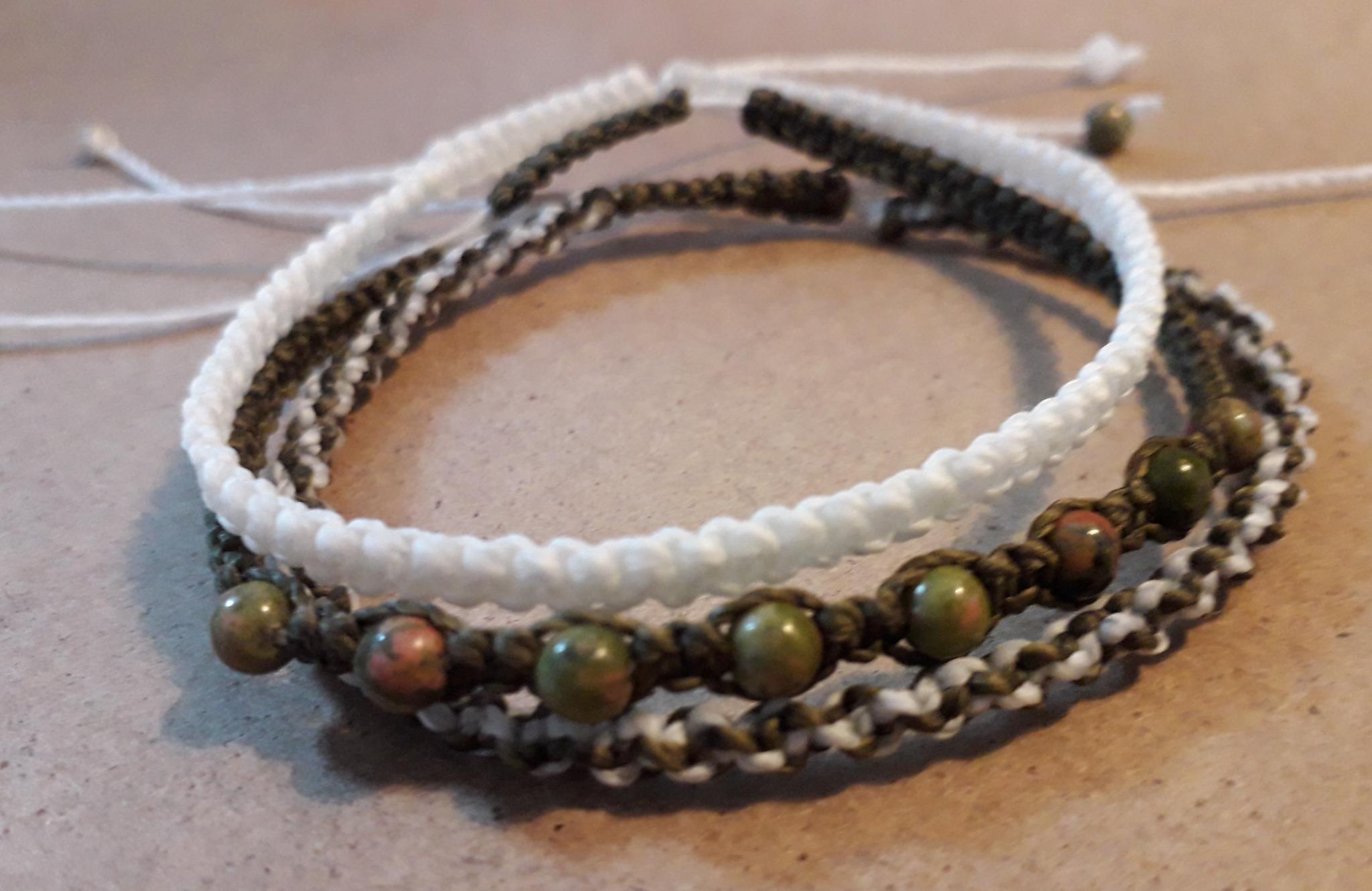 Lot de 3 bracelet en macramé et unakite