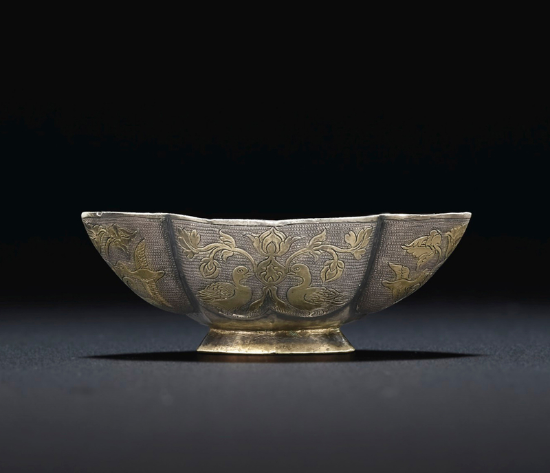 2019_NYR_18338_0554_006(a_fine_small_parcel-gilt_silver_quatrefoil_cup_tang_dynasty)
