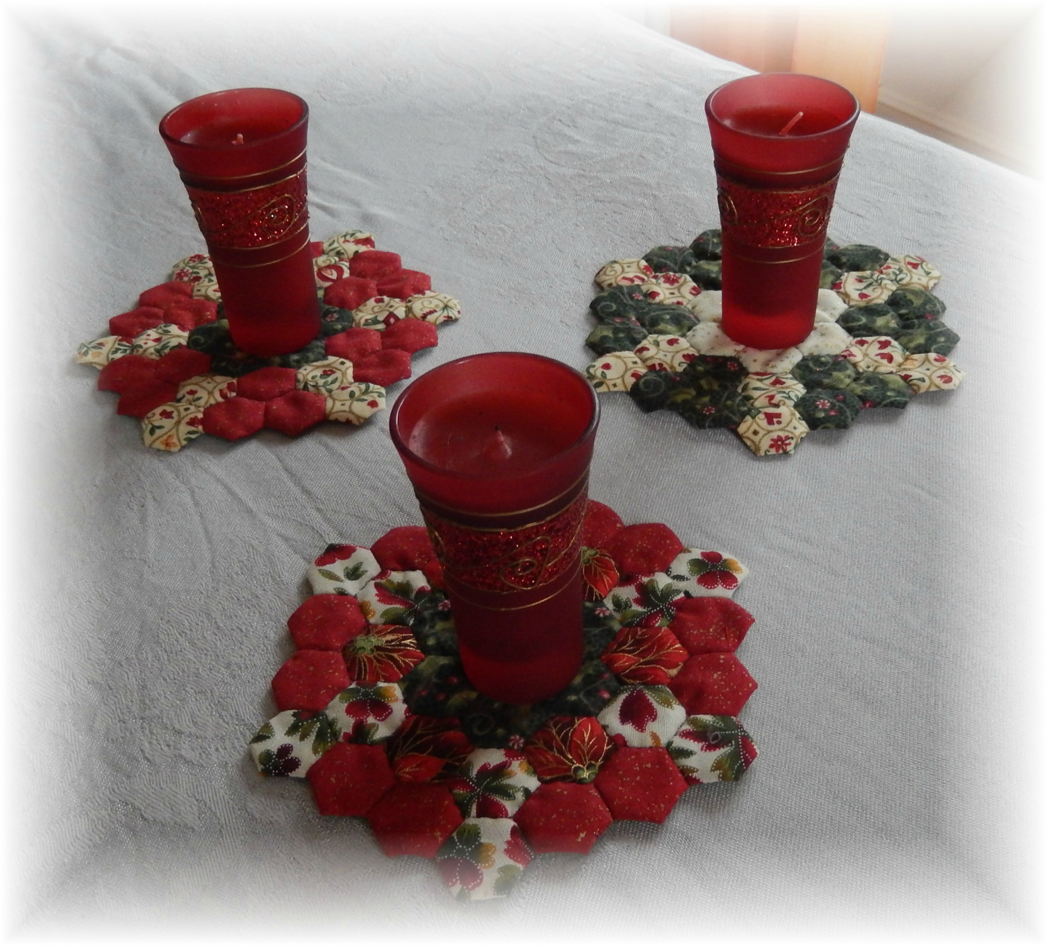 candle mat en hexagones